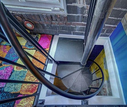 fit-the-essential-spiral-stair