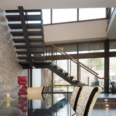 residential-floating-stairs