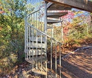 weatherproof-the-adventurer-spiral-stair