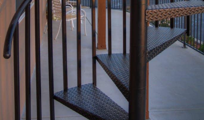 textured-the-vista-spiral-stair