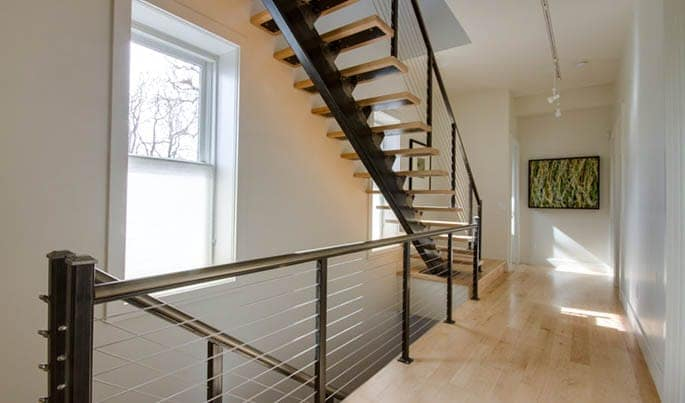 custom-cut-the-capitol-straight-stair