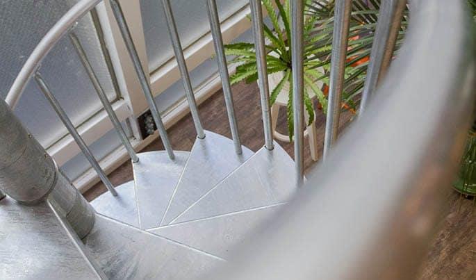 custom-the-studio-spiral-stair