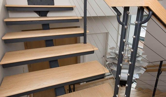 wood-the-debutante-straight-stair