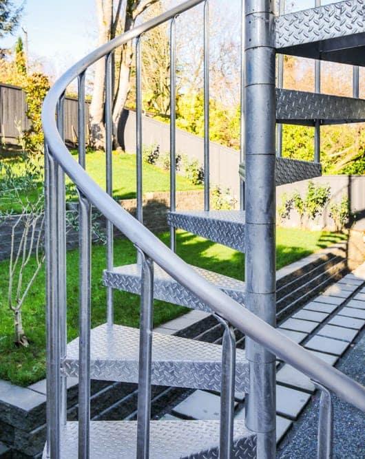 diamond plate outdoor galvanized spiral staircase