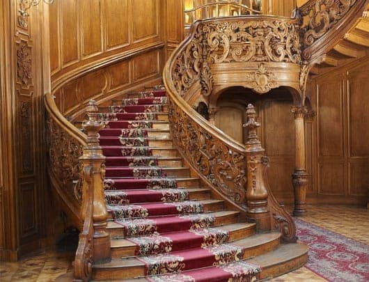 Elegant And Traditional Wood Curved Staircases