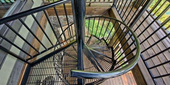 platform-spiral-staircase