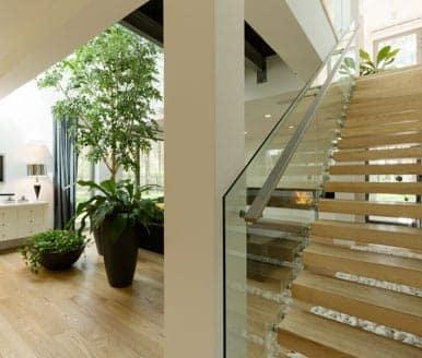custom staircase measurements